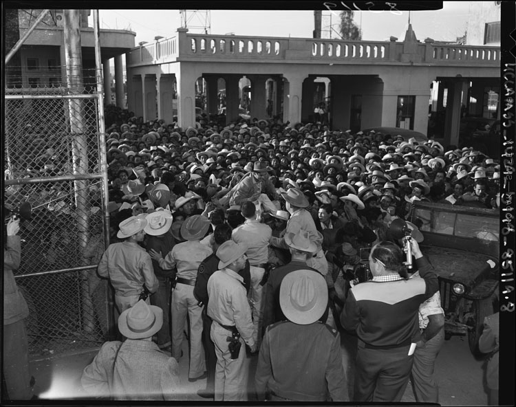 Bracero Program/Los Angeles Times-wikicommons