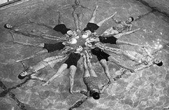 """Las  """"Aquadettes"""": Una Lección de Vida"""